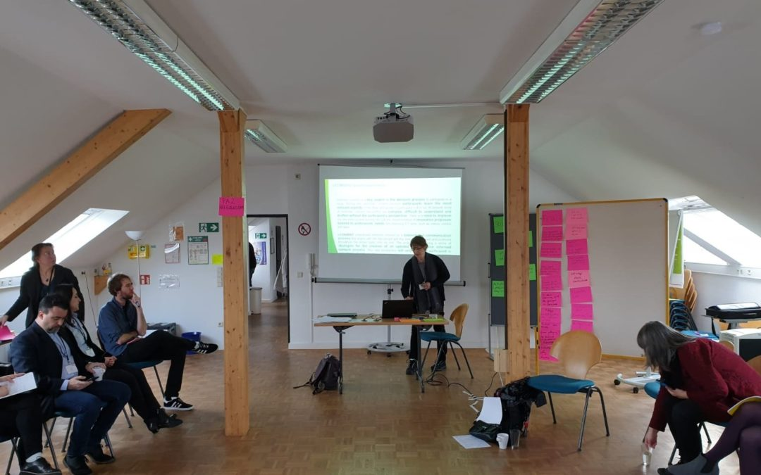 iCONSENT participates in a workshop to assess new ways of bringing science closer to society